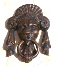 Lion Face w/ Horn Door Knocker (SKU: HCBdkn29004)