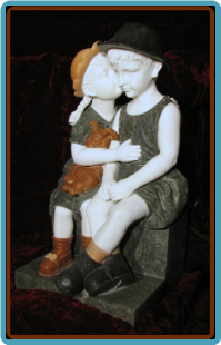 Kissing Children Sculpture